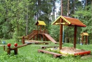 оборудуем площадку для детей